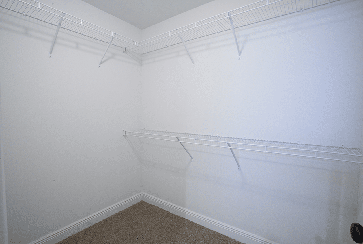 133-Summerfield-Walk-in-Closet