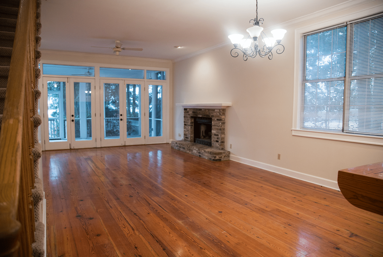 19301 Scenic Hwy 98 Living Room with Hardwood Floors