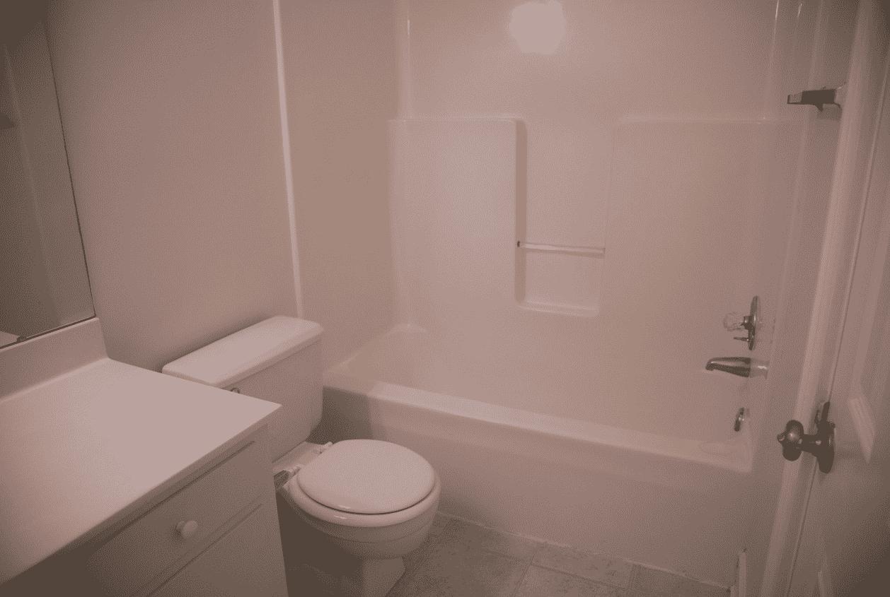 19301 Scenic Hwy 98 Hall Bath