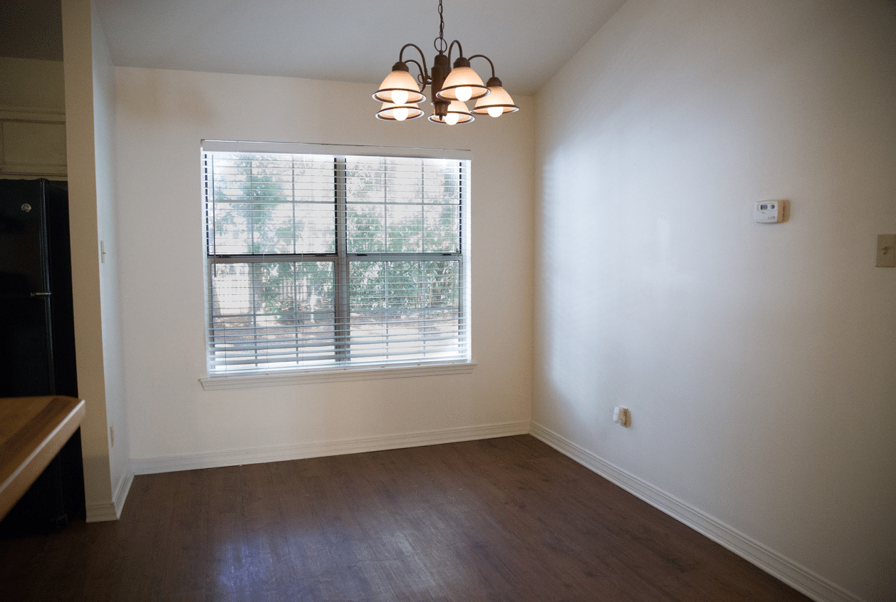 19303 Scenic Hwy 98, Dining Room