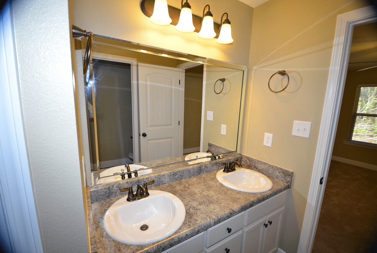 206 Summerfield Drive Master Bath Double Sinks