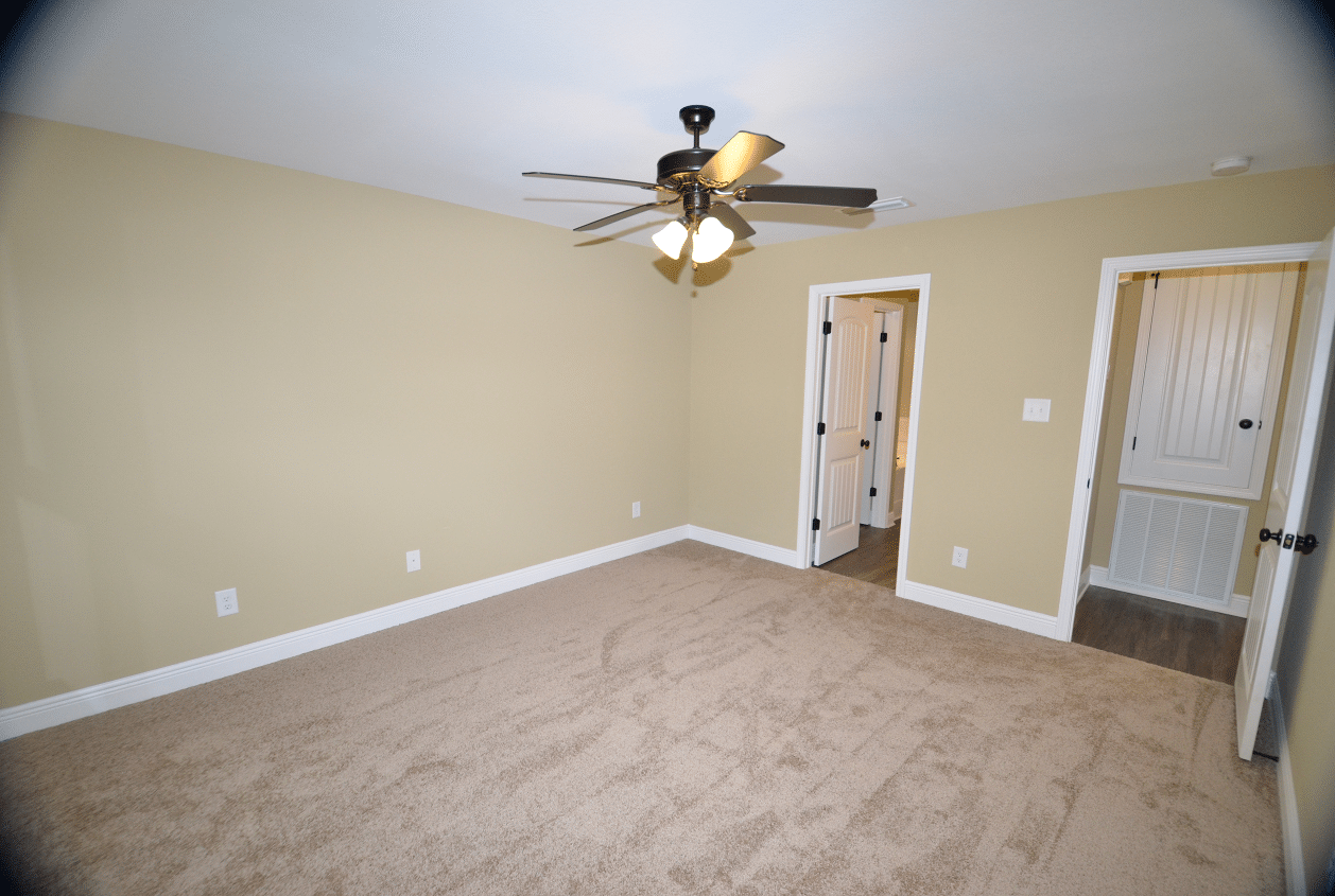 206 Summerfield Drive Master Bed
