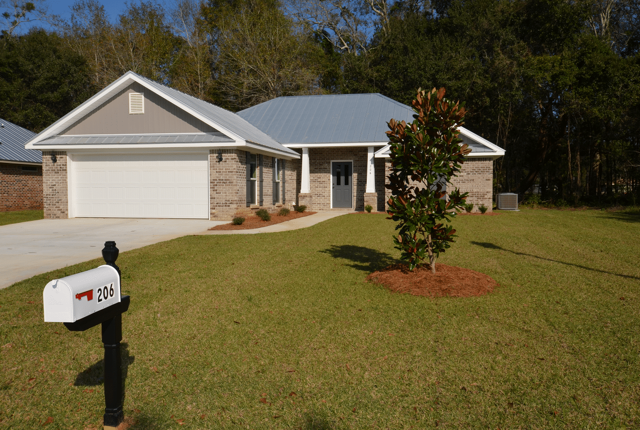 206 Summerfield Drive Front Exterior