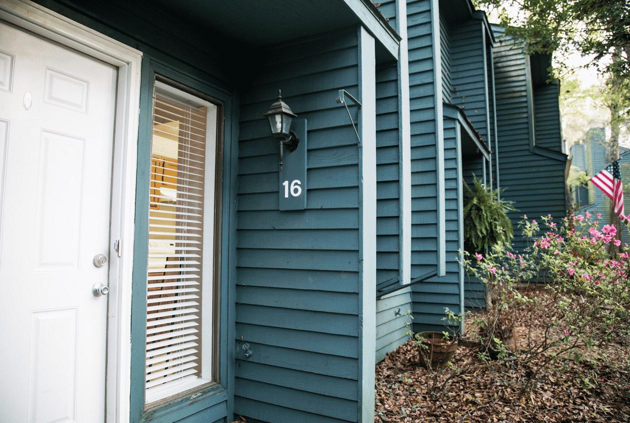 3-16-Summer-Oaks-Front-Entrance