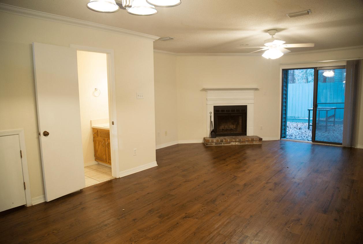 5-16-Summer-Oaks-Living-Room
