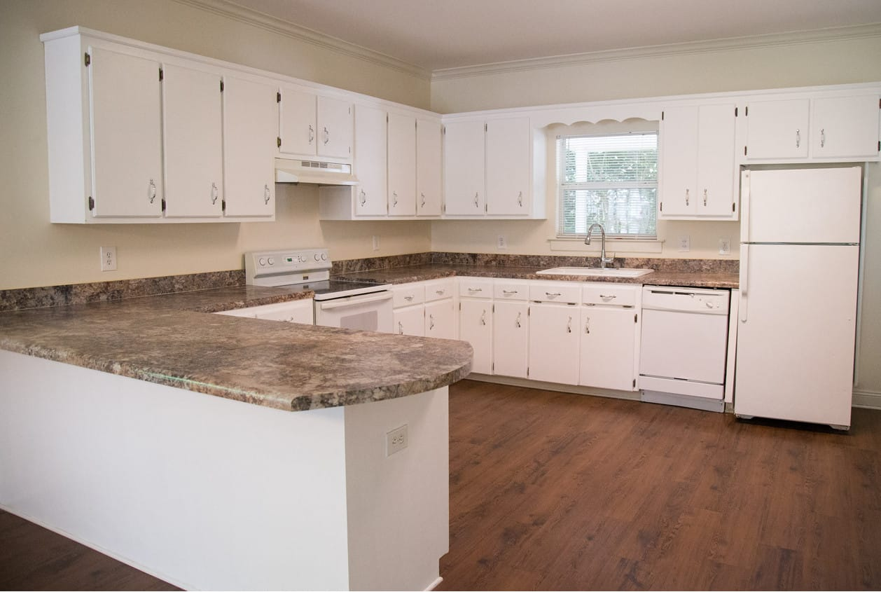108 White Ave. Fairhope - Kitchen