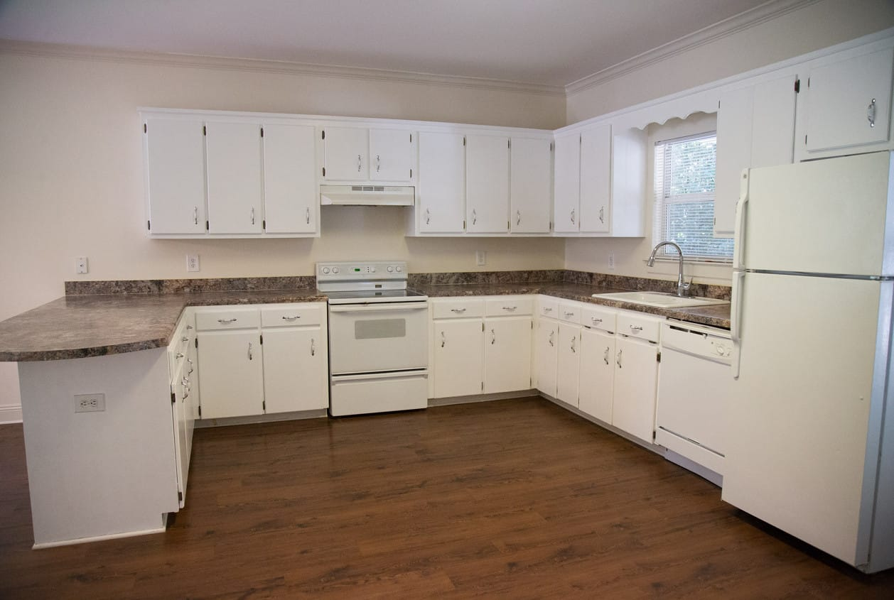 11-108-White-Avenue-Kitchen