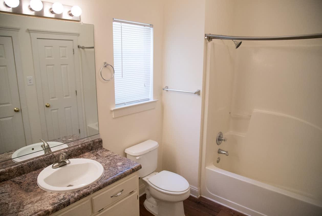 19-108-White-Avenue-Master-Bath
