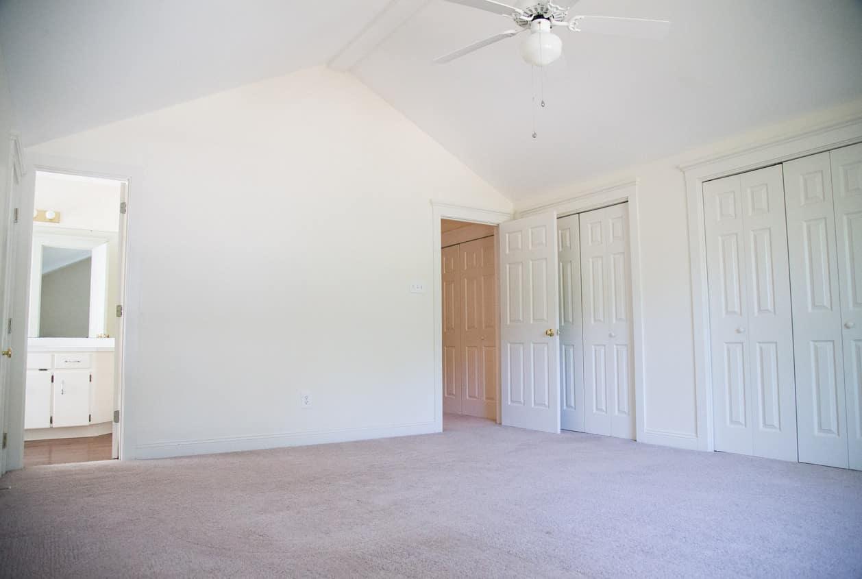 23-108-White-Avenue-Bedroom2