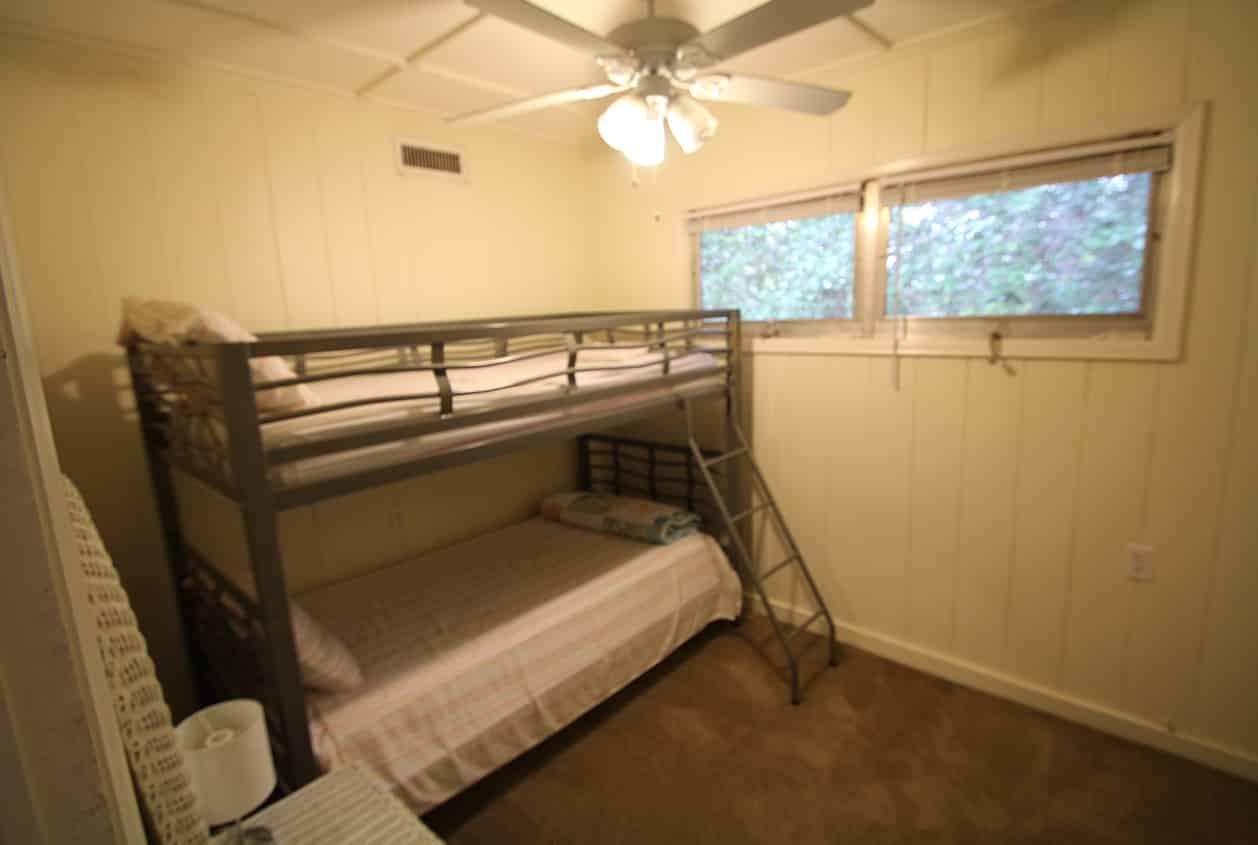 12-10891-McKenzie-Bedroom-3