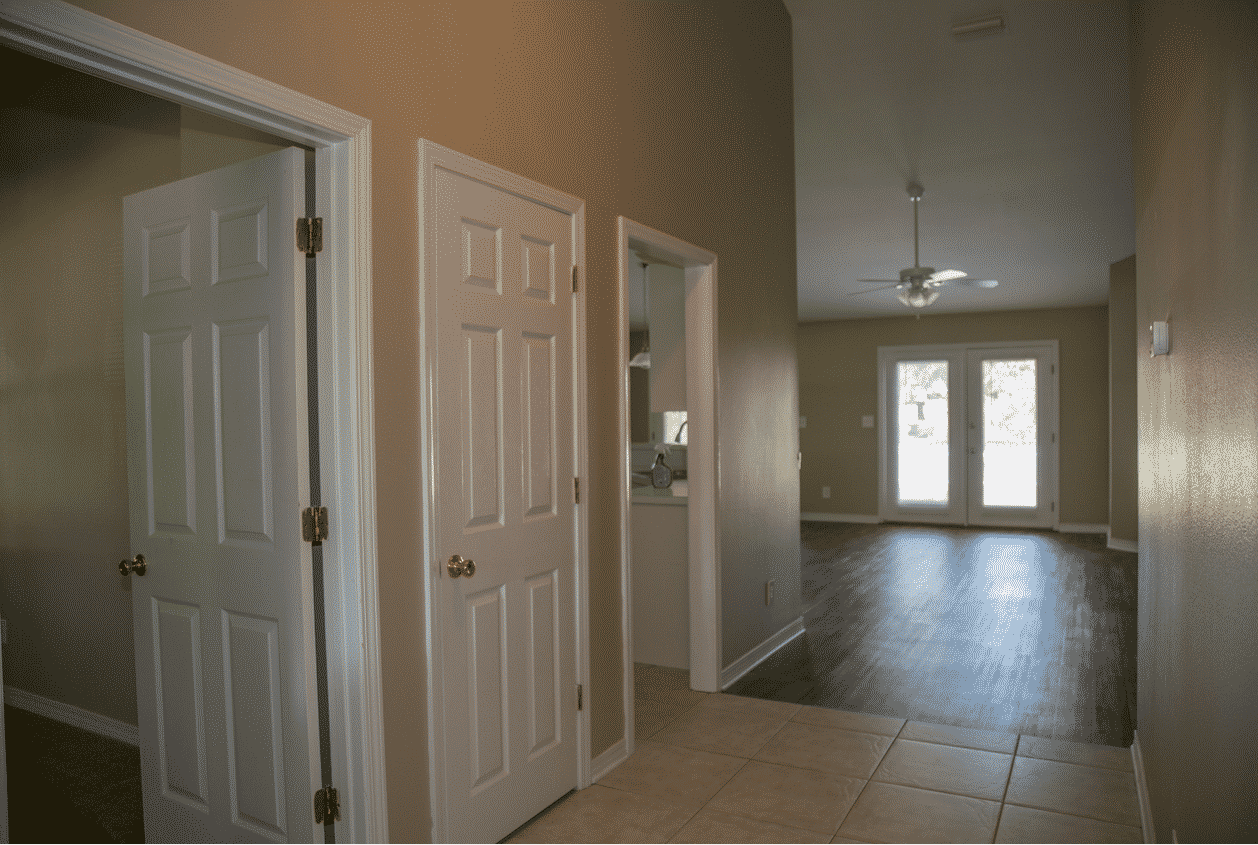 4-113-Summerfield-Wisteria-Floor-Plan-Entrance