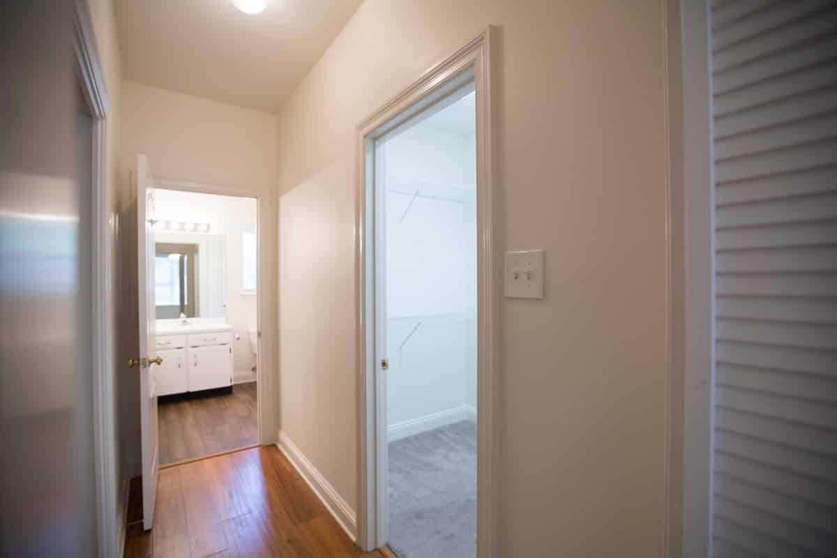 201-Nichols-Ave-Master-Closet