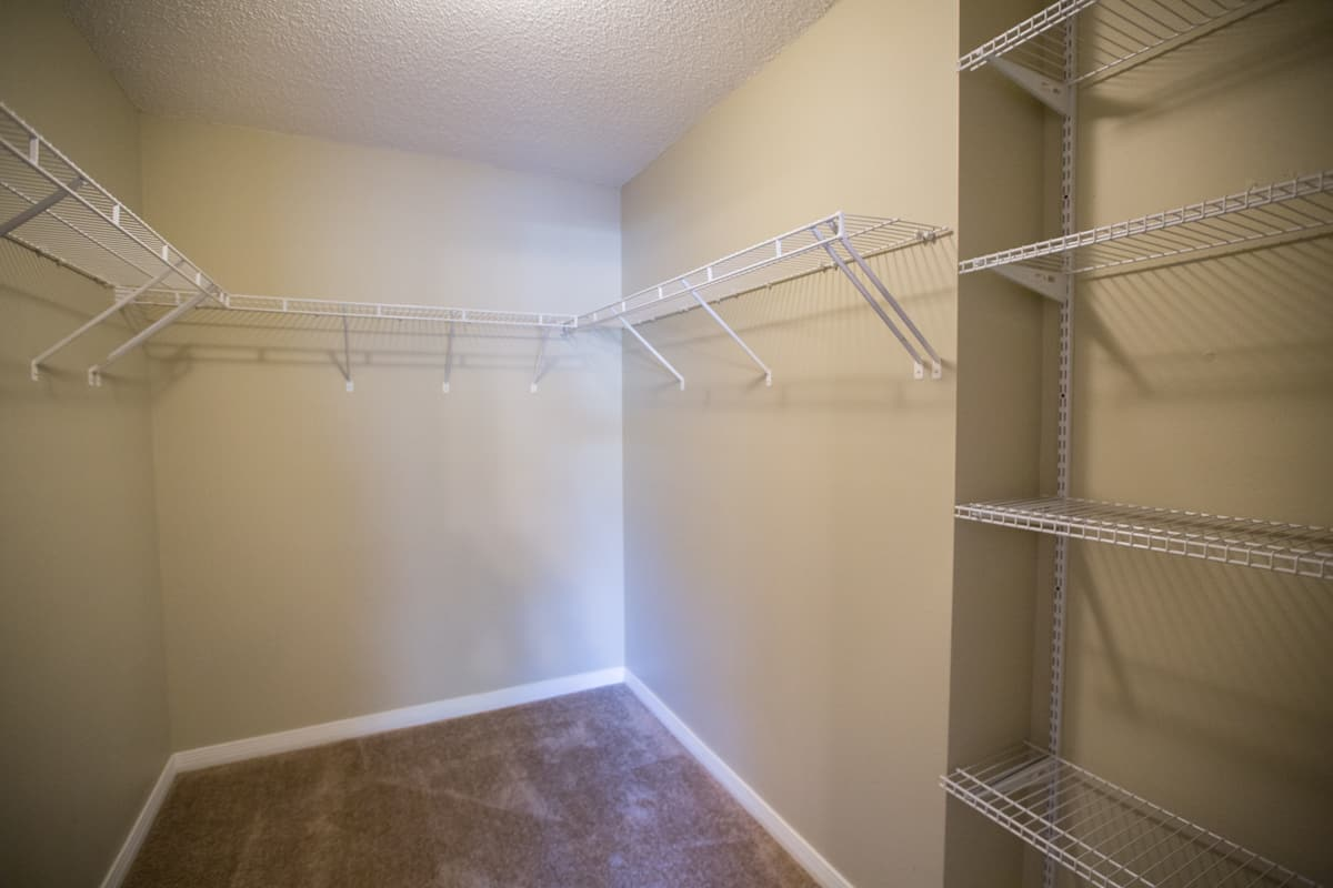 South Pointe Rental House 1205 Springfield Master Walk-in Closet