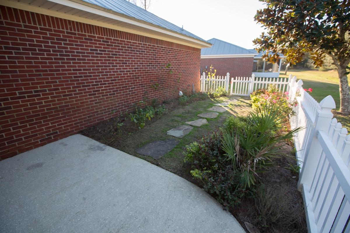 141 Summerfield Drive Back Courtyard