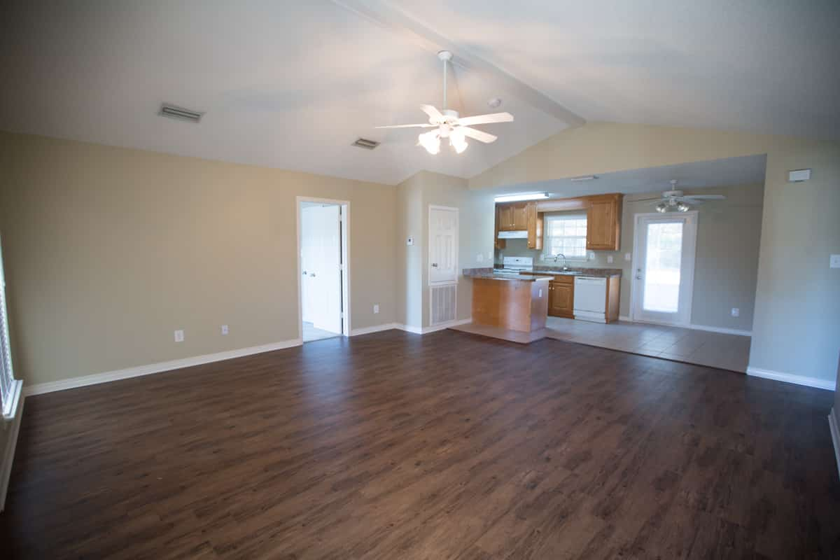 141 Summerfield Drive Living Room