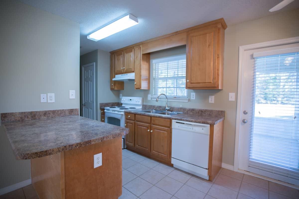 141 Summerfield Drive Kitchen